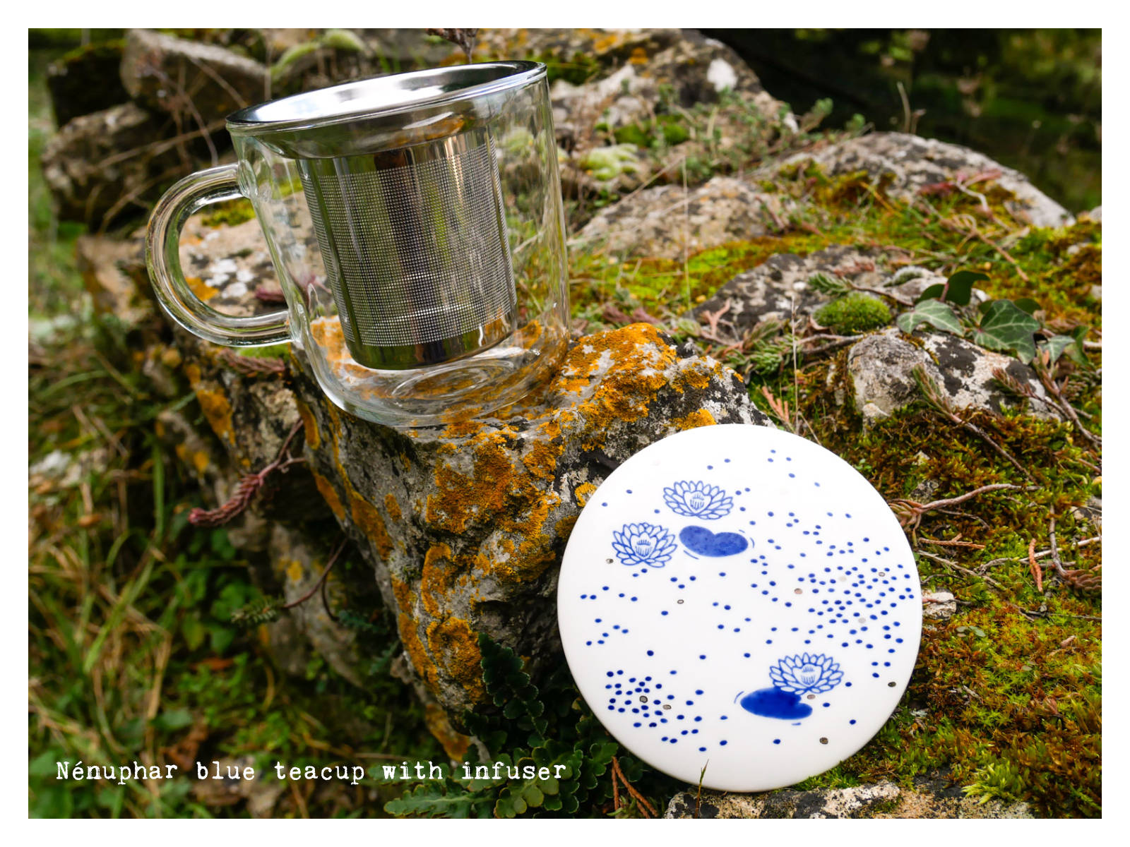 """Nénuphar"" blue teacup with infuser from ""Enchanteresse"", a collection of painted porcelains by messalyn."