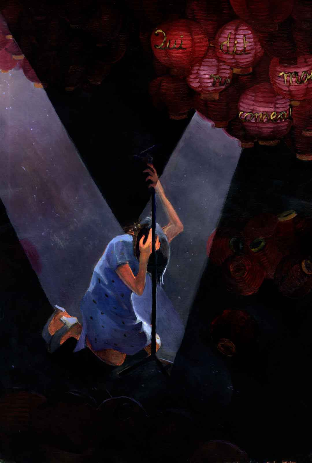 A chinese singer crouches on the stage in a completely dark theater with a few red lanterns upon which is written 'who doesn't say anything agrees'